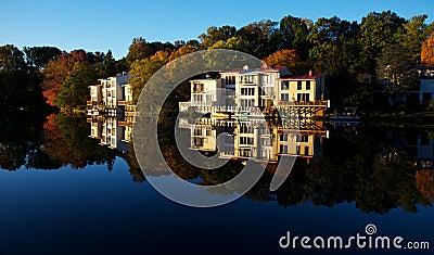 Autumn view of Lake Anne in Reston, Virginiazz