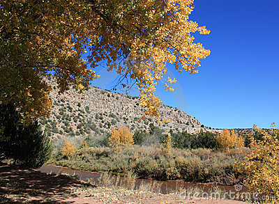 Autumn in villanueva state park