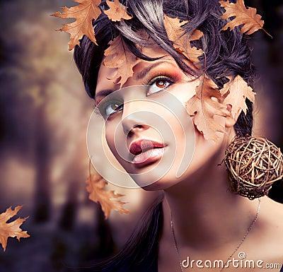 Free Autumn Woman Portrait Stock Photos - 27255983