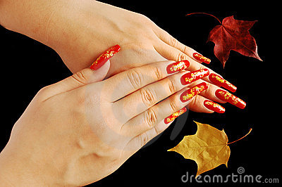 Autumnal nail design