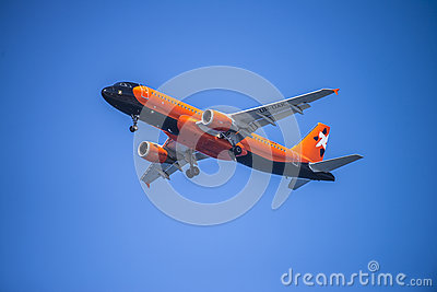 Aviatrans kiev ukraine, ur-dak, airbus a320-211 Editorial Stock Photo