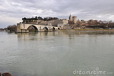Avignons bridge, Pont d Avignon