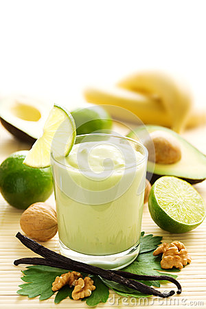 Free Avocado Smoothie Royalty Free Stock Photography - 25201457