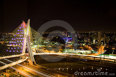 Pinheiros River Bridge at night