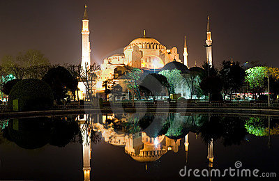 Ayasofya at night