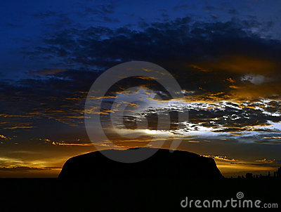 Ayers Rock (Uluru) - sunrise Editorial Photo