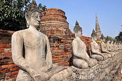 Ayutthaya, Thailand: Row of Buddhas at Thai Wat