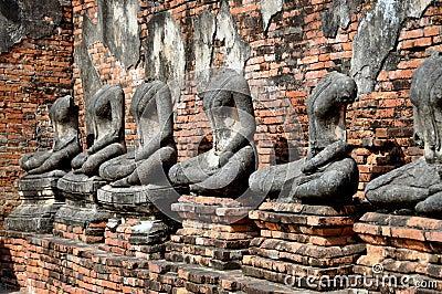 Ayutthaya, Thailand: Wat Chai Watthanaram Buddhas