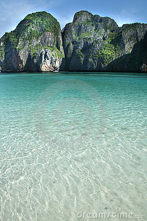 Azure waters of Phi Phi island