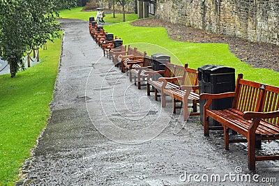 Bänke in den Prinzen Street Gardens, Edinburgh