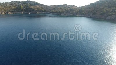 Baai met Kalme Overzees 2 stock videobeelden