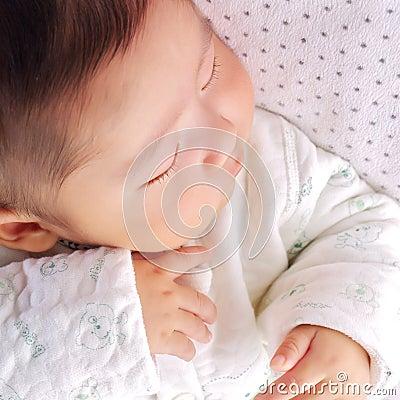 Baby 2 van de slaap