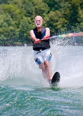 Baby boomer waterskis