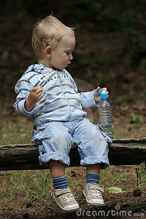 Baby boy and picnic