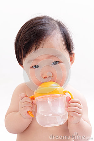 Free Baby Drinking Water Royalty Free Stock Photos - 28134488