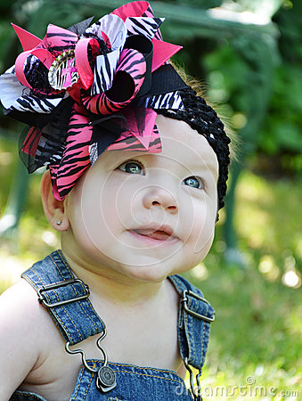 Free Baby Face With Bow Stock Photo - 32519230