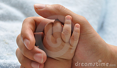 Baby and father s hands 2205