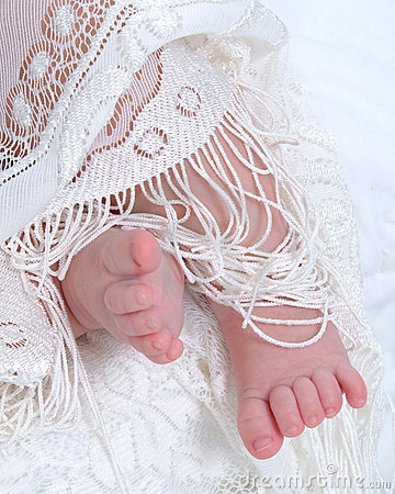 Free Baby Feet And Lace Royalty Free Stock Image - 4162426