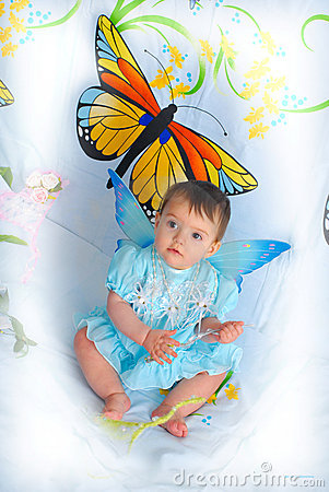 Free Baby Girl With Butterfly Wings Stock Photography - 5452212