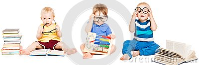 Baby Reading Book, Kids Early Education, Smart Children group Stock Photo