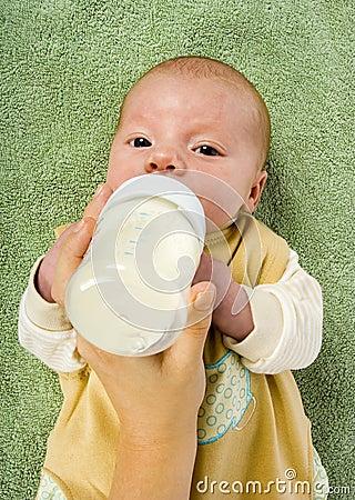 Baby s feeding