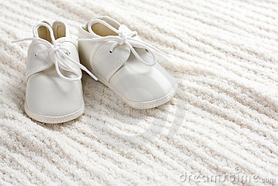 Baby shoes and blanket