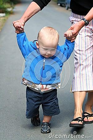 Free Baby Walking Stock Images - 18038224