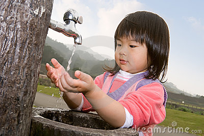 Baby wash hand