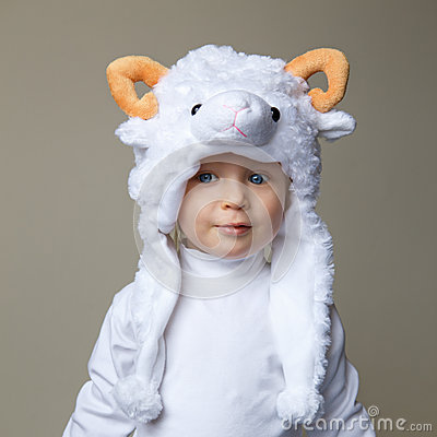 Free Baby With Sheep Hat New Year 2015 Stock Photo - 46296510