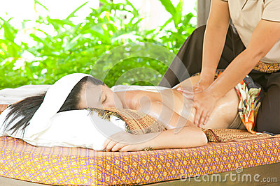 Back oil Massage Spa