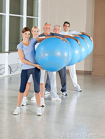 Back training with gym balls
