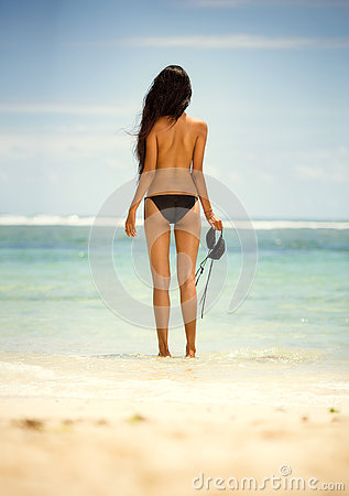 Free Back View Of Woman In Topless Stock Photos - 73285323