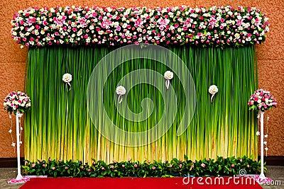 backdrop flowers wedding ceremony 23768120jpg 400267