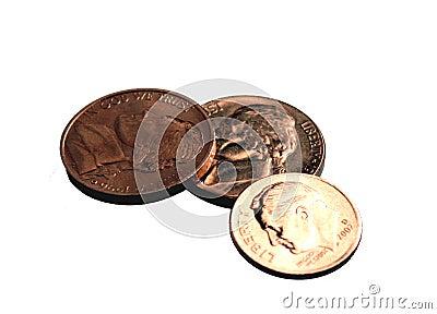 Backgroun monety odizolowanych dimes nickels białych
