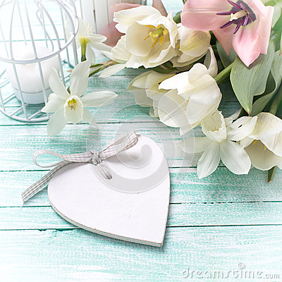 Free Background With Fresh Flowers, Heart And Candles Stock Image - 54540581