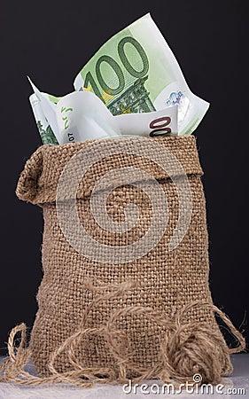Bag  money