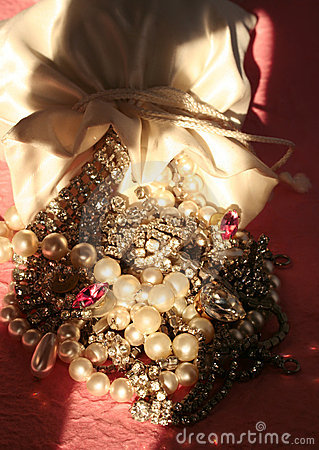 Free Bag Of Jewels Stock Photo - 983160