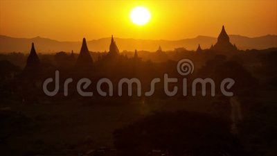 bagan ηλιοβασίλεμα Τοπ άποψη του αρχιτεκτονικού συγκροτήματος Myanmar απόθεμα βίντεο