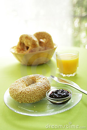 Free Bagel At Breakfast Stock Images - 10769564