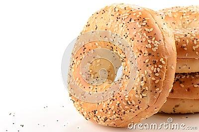 Bagel del seme di papavero e del seme di sesamo