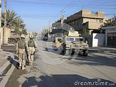 Baghdad patrull Redaktionell Arkivfoto