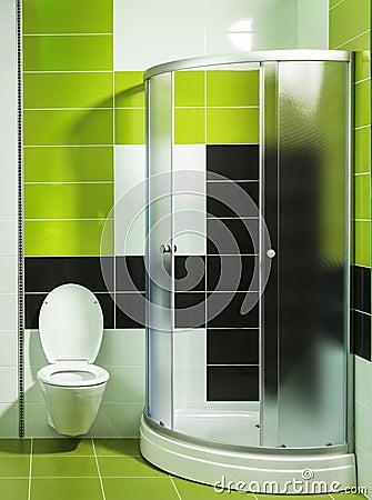 Bagno moderno con la doccia e le mattonelle alla moda fotografia ...