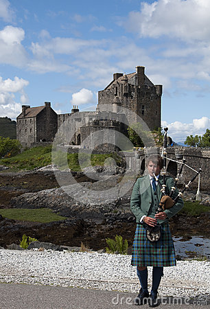 Bagpipes at Eilean Donan Castle Editorial Photo