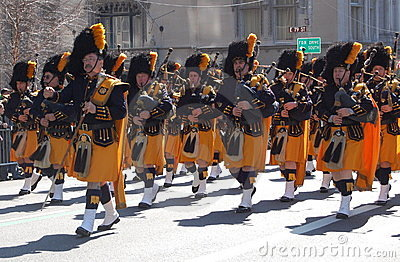 Bagpipes in New York s St. Patrick s Day Parade Editorial Image