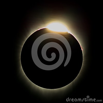 Free Baily& X27;s Beads Effect & X28;Diamond Ring Effect& X29; During Total Solar Eclipse On Aug-2017 Royalty Free Stock Photo - 102794425