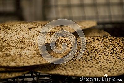 Baked matzah