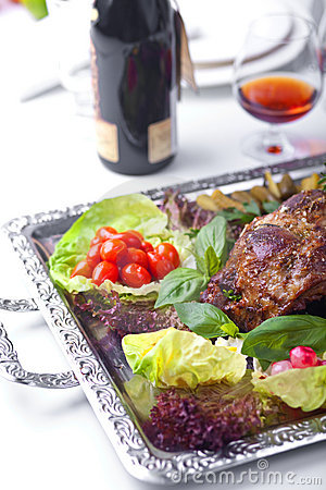 The baked mutton foot with vegetables