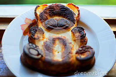 Baked pudding bear