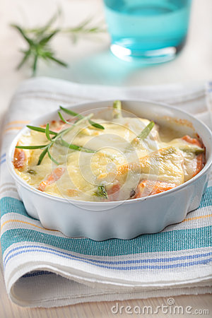 Free Baked Salmon Under Cheese Sauce Royalty Free Stock Photos - 25594468