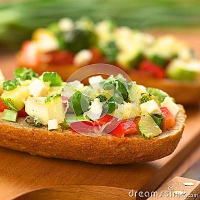 Free Baked Vegetarian Open Sandwich Royalty Free Stock Photo - 26507145